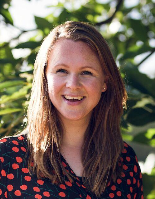 Eline van der Geest (trainer / co-teacher)